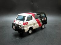 Прикрепленное изображение: Mitsubishi_L300_4WD_2.jpg