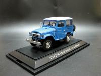 Прикрепленное изображение: 1960_Toyota_Land_Cruiser_FJ40V_EBBRO_405_blue_2.jpg