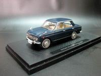 Прикрепленное изображение: Nissan_Bluebird_410_1964_Ebbro_642_02.jpg