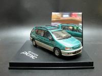 Прикрепленное изображение: Toyota_Picnic_1997_2001_Excl_Vitess_02.jpg