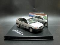 Прикрепленное изображение: Toyota_Corolla_Hatchback_3_Door_1999_02.jpg