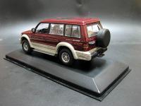 Прикрепленное изображение: Mitsubishi_Pajero_LWB_V6_3000_1994_03.jpg