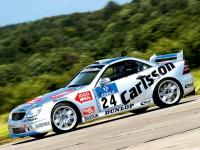Прикрепленное изображение: 0507_03z_Carlsson_Mercedes_Benz_SLK_V6_Side_Driving_On_Track.jpg