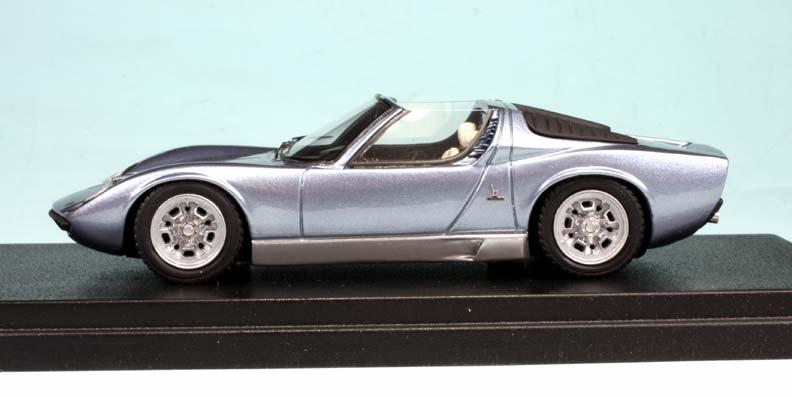 Прикрепленное изображение: LAMBORGHINI__Miura_Roadster_Bruxelles_1968__3.jpg