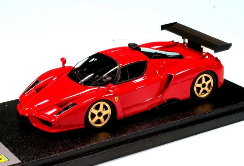 Прикрепленное изображение: BBR_EX13A_ENZO_Ferrari_Monza_Test_2003_01.jpg
