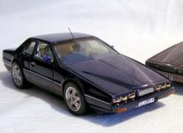 Прикрепленное изображение: Aston_Martin_Lagonda_V8_SWB__Mule.jpg