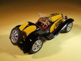 Прикрепленное изображение: Alain_Bouissou_Bugatti_T.55_Roadster_32_001.jpg