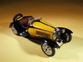 Прикрепленное изображение: Alain_Bouissou_Bugatti_T.55_Roadster_32_002.jpg