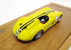 Прикрепленное изображение: Maserati_300S_Cuba_1957_2.jpg