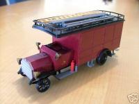 Прикрепленное изображение: Daimler_Firetruck_1905.jpg