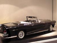 Прикрепленное изображение: 1956_Lincoln_Mark_II_Convertible_3.JPG