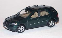 Прикрепленное изображение: Mercedes_ML_2005_Green.jpg