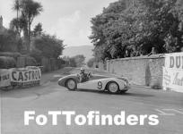 Прикрепленное изображение: Gilbert_Tyrer___spun_Frazer_Nash_BMW_1950_Manx_Cup.jpg