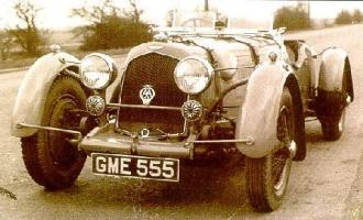 Прикрепленное изображение: std_1936_aston_martin_speed.jpg