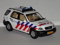Прикрепленное изображение: W163_Dutch_Police.jpg