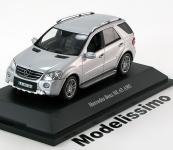 Прикрепленное изображение: Mercedes_ML63_AMG_Facelift_2009_Minichamps.jpg