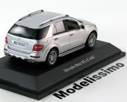 Прикрепленное изображение: Mercedes_ML63_AMG_Facelift_2009_Minichamps1.jpg