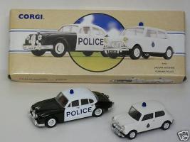 Прикрепленное изображение: Jaguar_MK2_Durham_Police_Set_CC97721.jpg