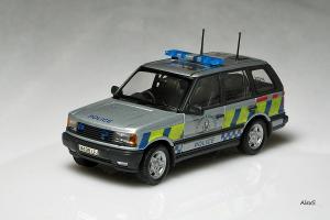 Прикрепленное изображение: Range_Rover_Serie_2_Lothian_Borders_Police_Autoart_Code_3.jpg