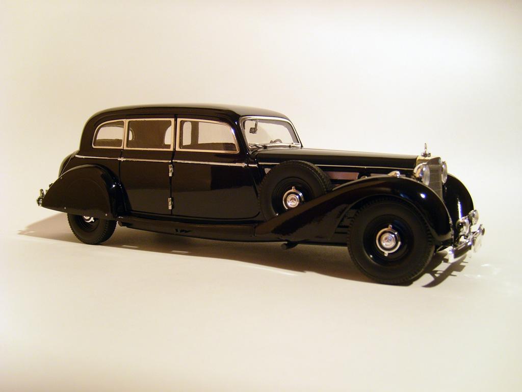 Прикрепленное изображение: ______1938_Mercedes_770_K_Pullman_Limousine__W150_.jpg
