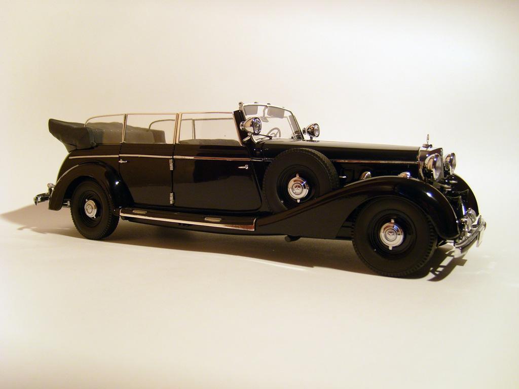 Прикрепленное изображение: ______1938_Mercedes_770_K_Tourenwagen__W150_.jpg