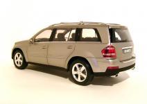 Прикрепленное изображение: 2006_Mercedes_Benz_GL_500_Offroader_2B.jpg