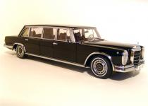 Прикрепленное изображение: 1964_Mercedes_600_Pullman_Limousine_1.jpg