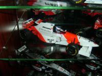Прикрепленное изображение: McLaren_MP_4_10.jpg