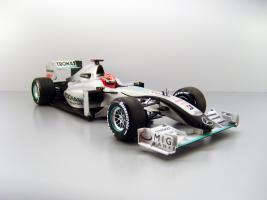Прикрепленное изображение: 2010_Mercedes_GP_Petronas_Showcar_2010_F.jpg