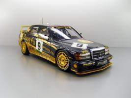 Прикрепленное изображение: 1991_Mercedes_Benz_190_E_2.5_16_Evolution_II_Macau___9_Klaus_Ludwig_F.jpg
