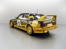 Прикрепленное изображение: 1991_Mercedes_Benz_190_E_2.5_16_Evolution_II_Macau___9_Klaus_Ludwig_F2.jpg
