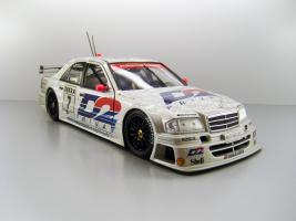 Прикрепленное изображение: 1994_AMG_Mercedes_Benz_C_Klasse_1994_Pr__228_sentation_wagen___7_Klaus_Ludwig_F.jpg