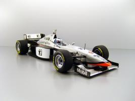 Прикрепленное изображение: 1997_McLaren_Mercedes_MP_4_12__9_Mika_H__228_kkinen_F.jpg