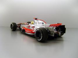 Прикрепленное изображение: 2008_McLaren_Mercedes_MP_4_23__22_Lewis_Hamilton_F2.jpg