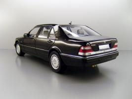 Прикрепленное изображение: 1998_Mercedes_Benz_S_600_F2.jpg