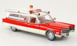 Прикрепленное изображение: Cadillac_S___S_Ambulance_von_American_Excellence_in_1_43_exklusiv_bei_Model_Car_World.jpg