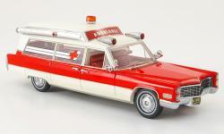 Прикрепленное изображение: Cadillac_S___S_Ambulance_von_American_Excellence_in_1_43_exklusiv_bei_Model_Car_World.jpg