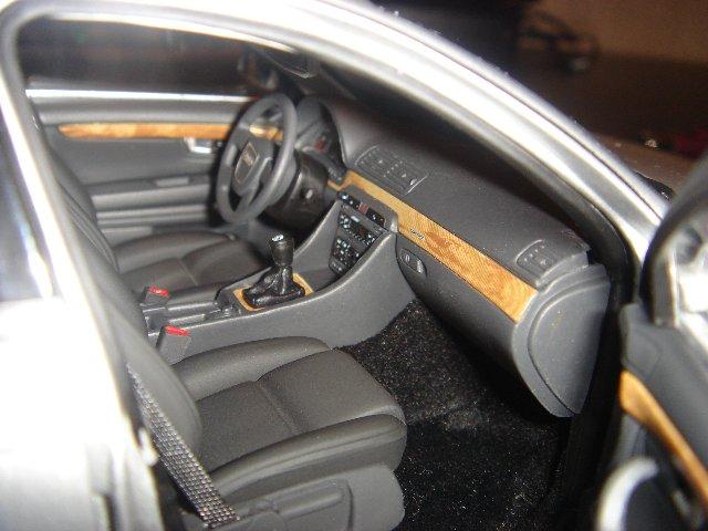 Прикрепленное изображение: Audi_A4__4_.jpg