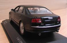 Прикрепленное изображение: Audi_A8_2002_4.jpg