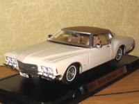 Прикрепленное изображение: Buick_Riviera___71.jpg
