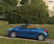 Прикрепленное изображение: Peugeot_207_CC_07_32.jpg