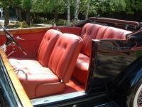 Прикрепленное изображение: 1934_packard_v12_convertible_victoria_interior.jpg