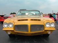Прикрепленное изображение: PontiacGTO1970.jpg