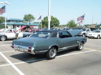 Прикрепленное изображение: Oldsmobile_Cutlass_Supreme_1971__2_.jpg