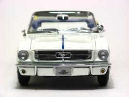 Прикрепленное изображение: 1964_Mustang_Pace_Car4.JPG