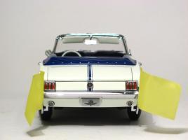 Прикрепленное изображение: 1964_Mustang_Pace_Car5.JPG