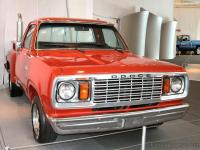 Прикрепленное изображение: 1978_Dodge_Lil__Red_Express_Truck_Flame_Red_fvr_2nd_Floor__WPC_Museum__2_N.jpg