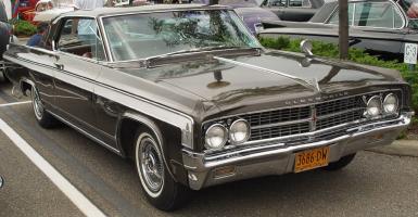 Прикрепленное изображение: 1963_Oldsmobile_Starfire_Araba_resimleri_otomobilbr_le_model_araba_resimleri_duvar_kagidi_kagitlari.jpg