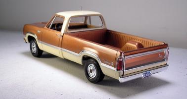 Прикрепленное изображение: 1975_Dodge_100_Pickup.jpg