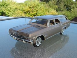 Прикрепленное изображение: 1965_Chevrolet_Impala_Station_Wagon.jpg